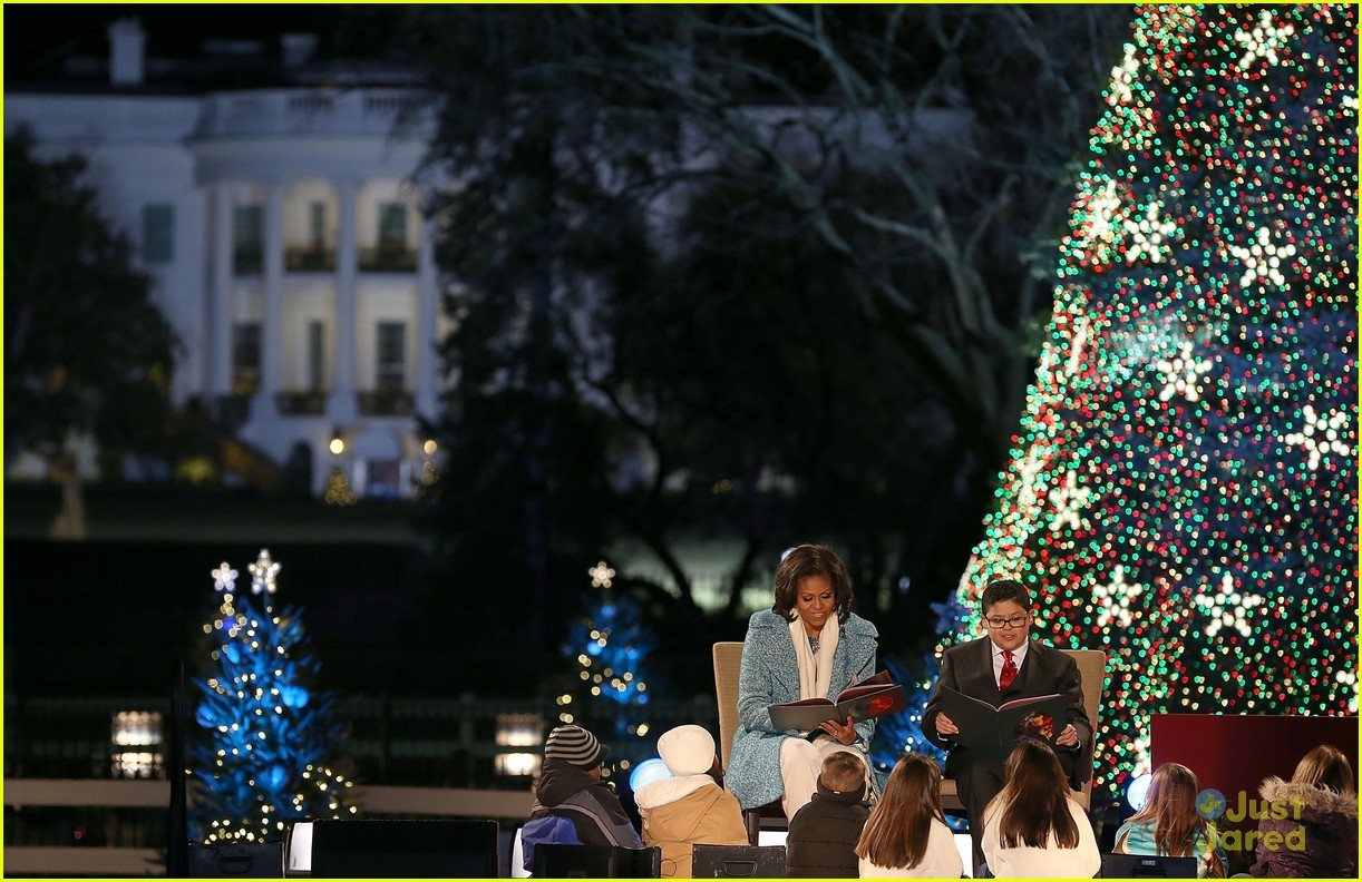 rico rodriguez phillip phillips tree lighting 03
