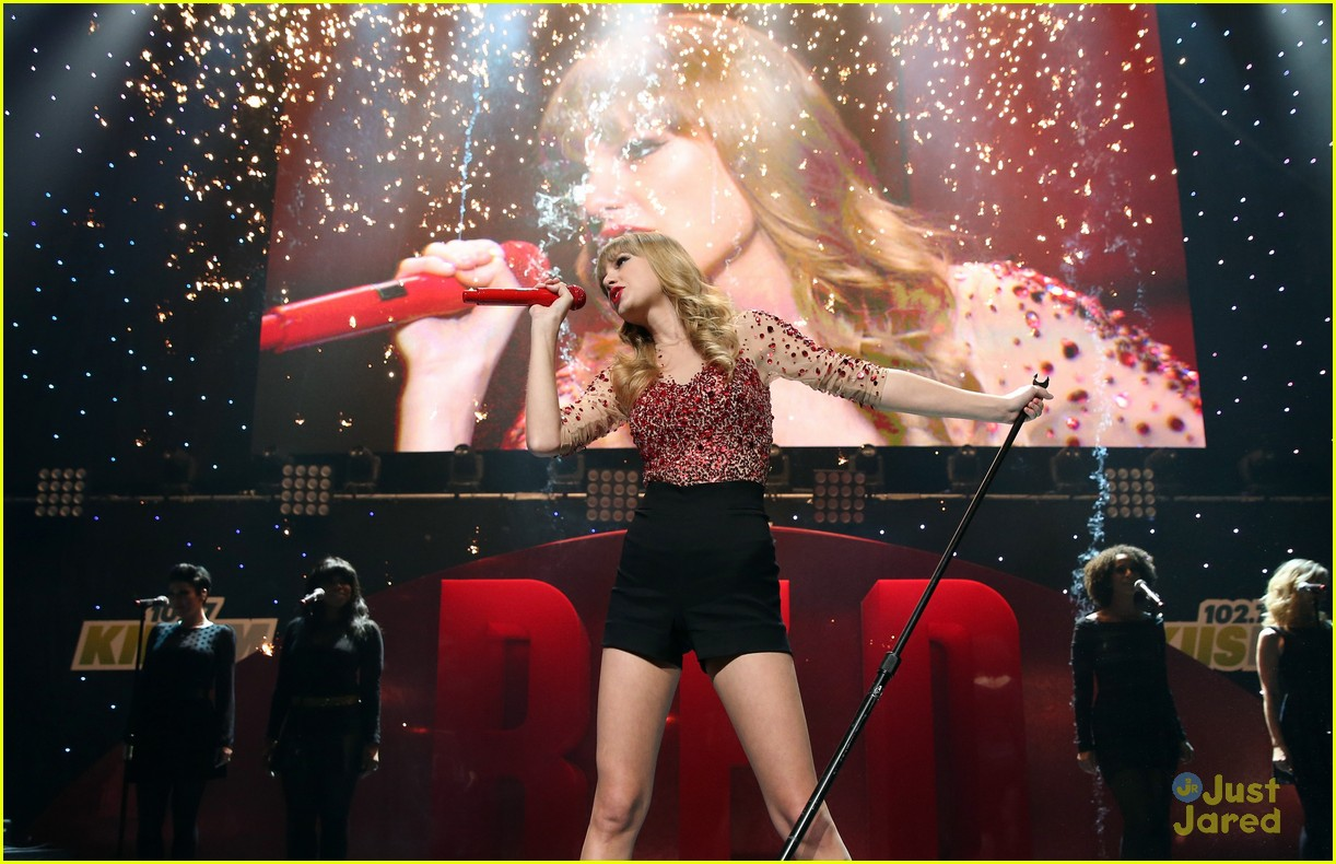 taylor swift jingle ball 08