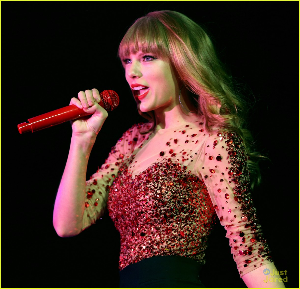 taylor swift jingle ball 23