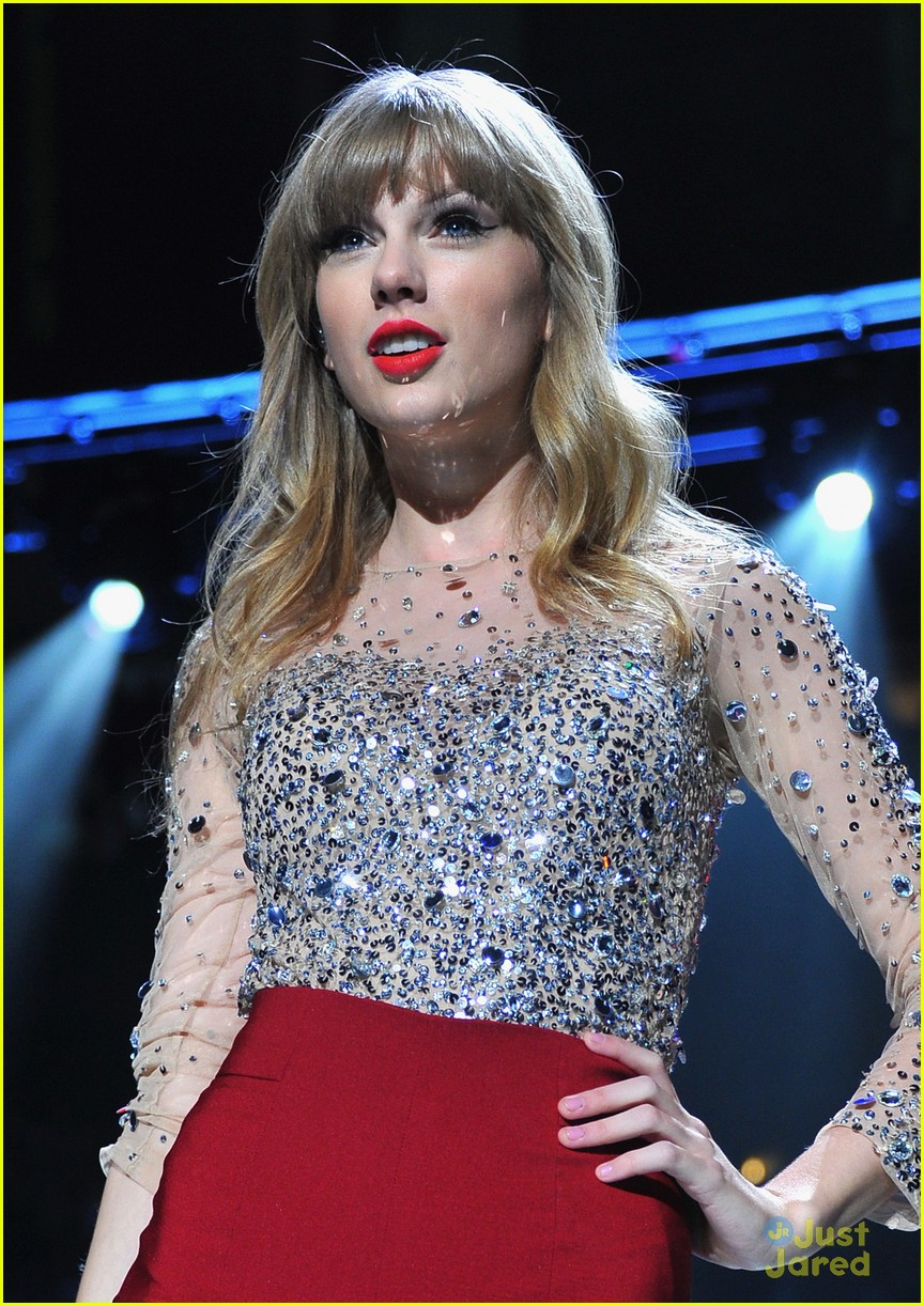taylor swift z100 jingle ball 17
