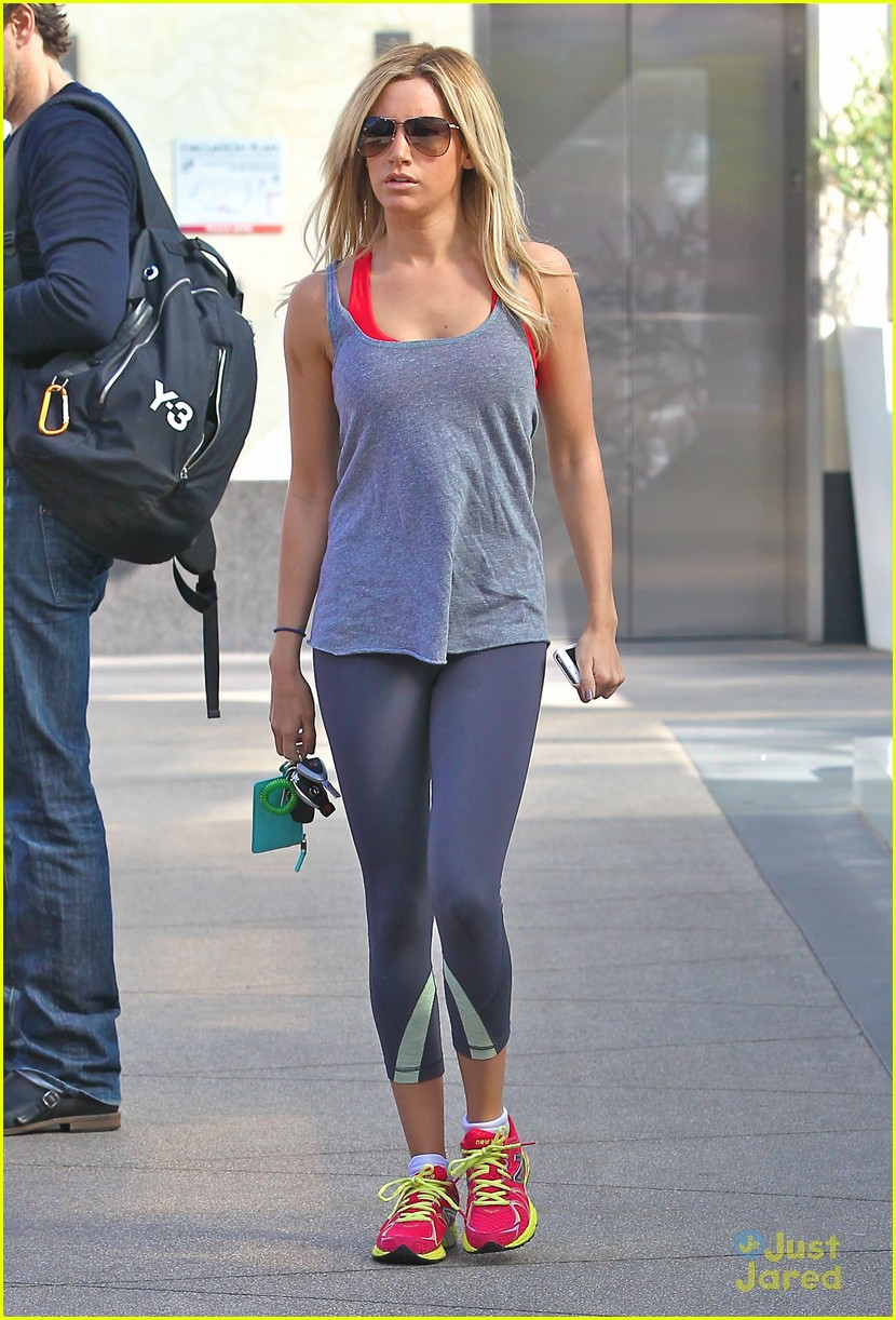 ashley tisdale equinox stop 03