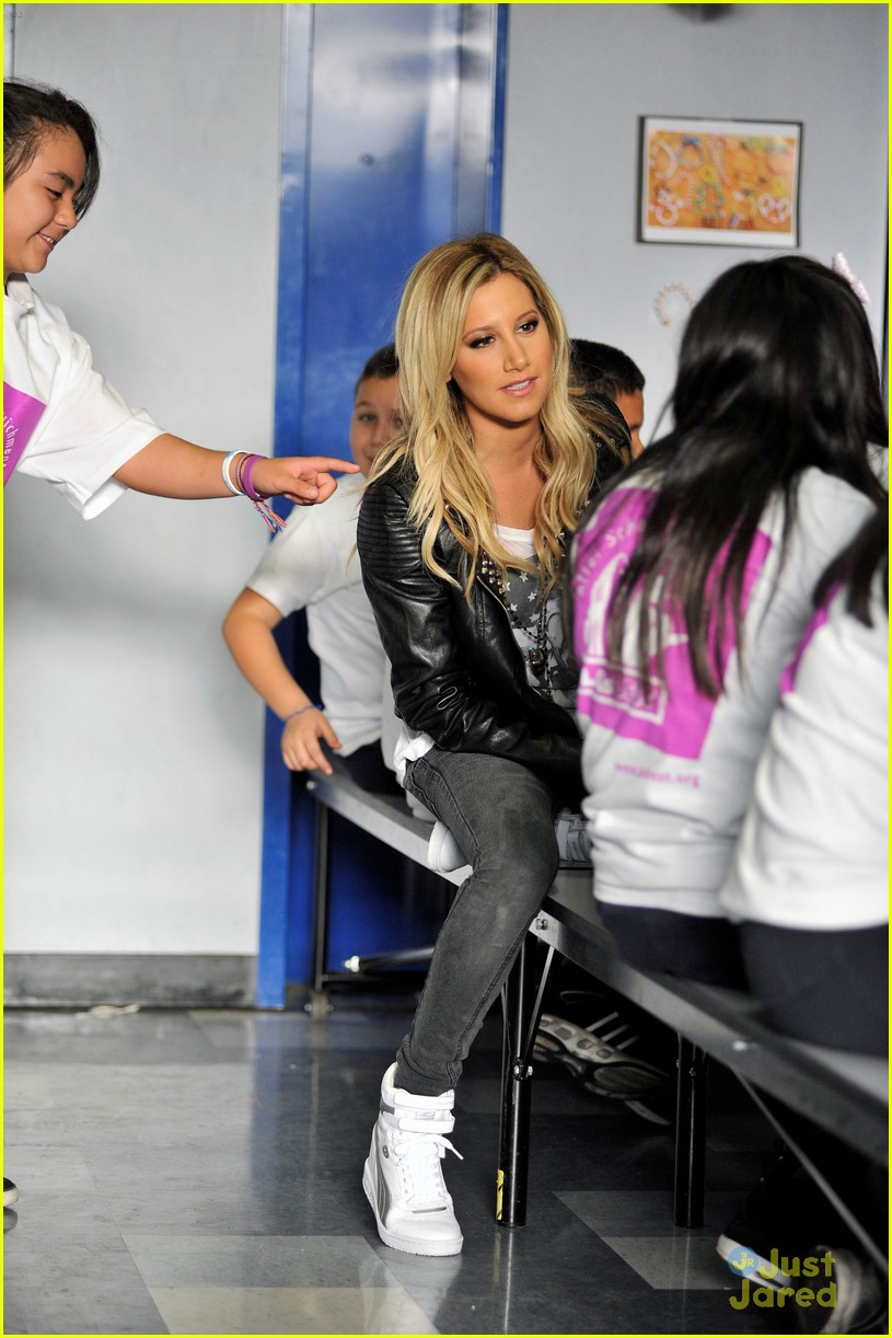 ashley tisdale puma las best 13