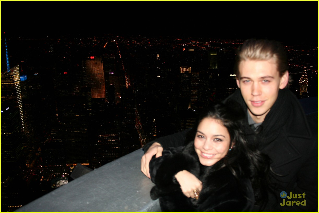vanessa hudgens austin butler empire state 02