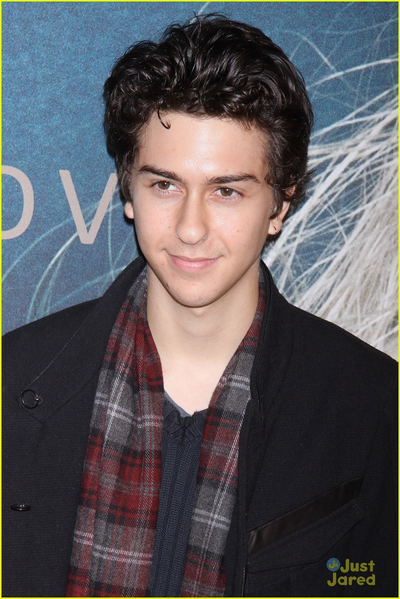 nat alex wolff les miserables 02
