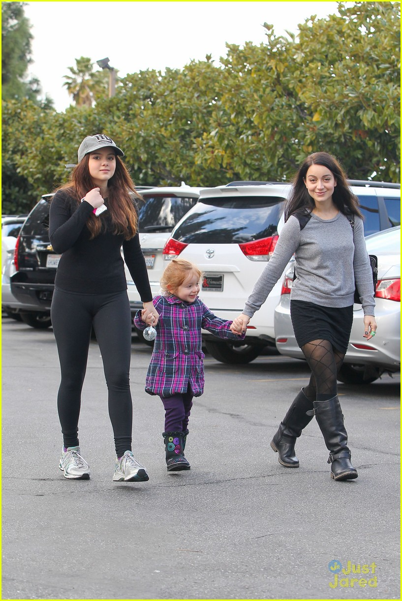 ariel winter slide skylar 23