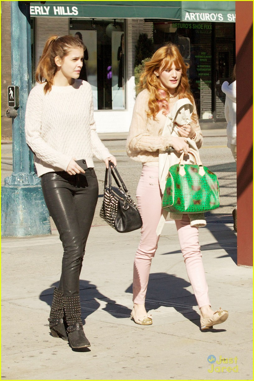 bella thorne barbara palvin lunch 02