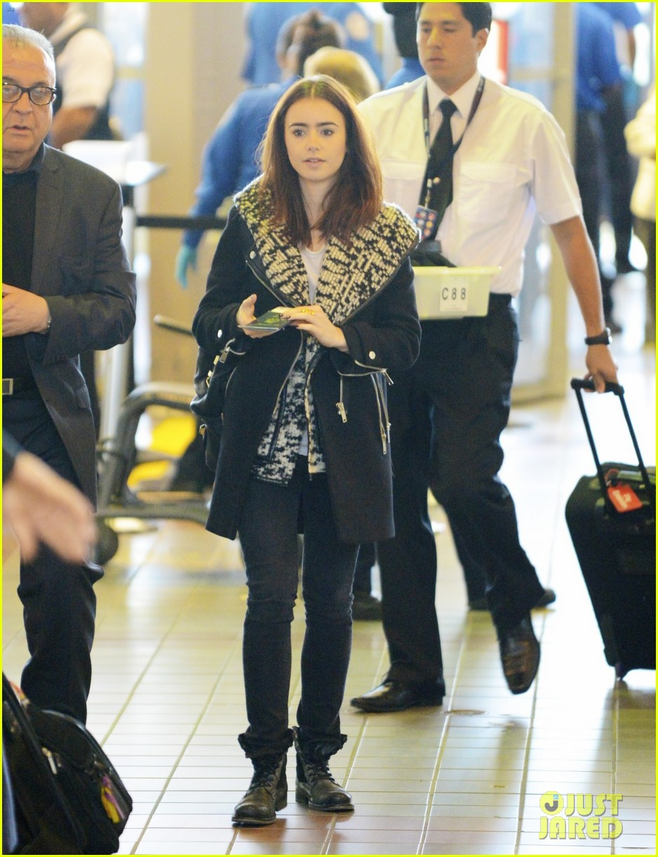 lily collins lax departure 03