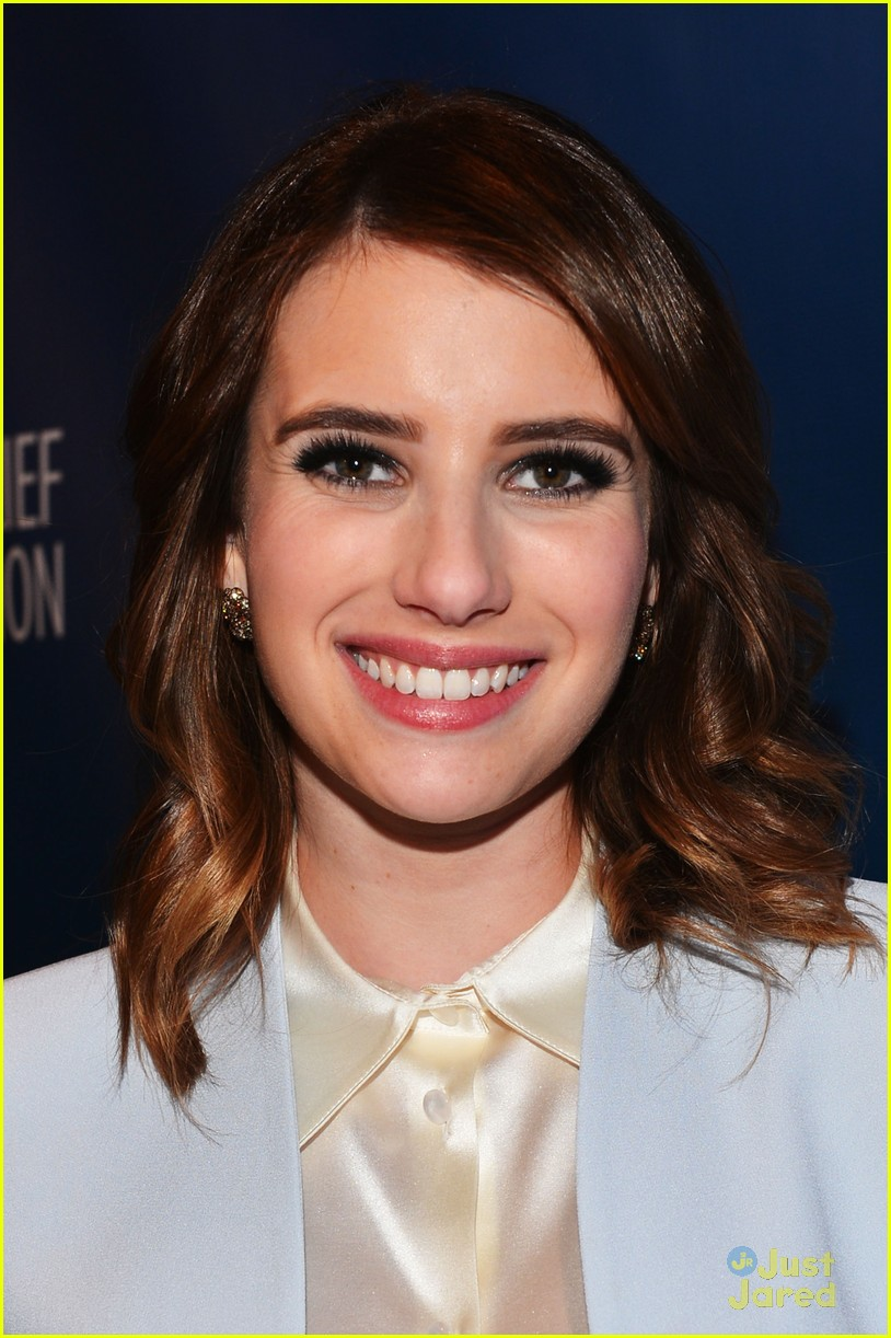 emma roberts help haiti home 05