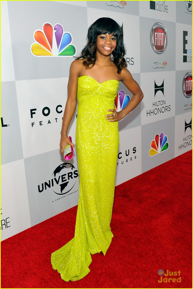 gabby douglas golden globe awards 10