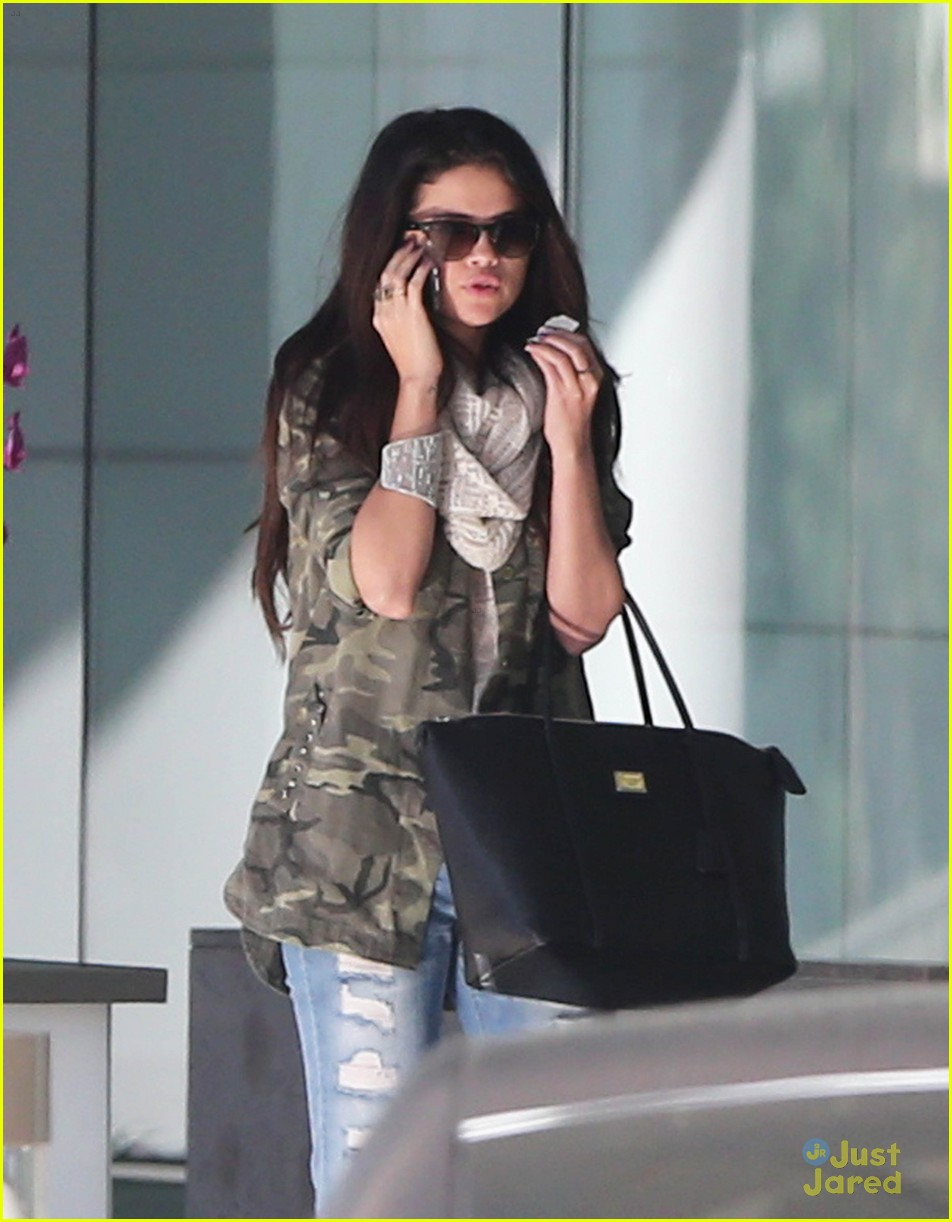 selena gomez caa meeting 10