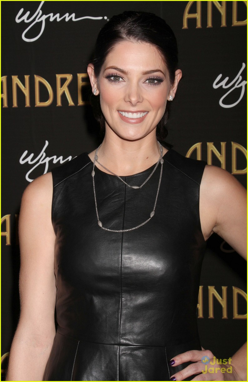 ashley greene andreas opening 04