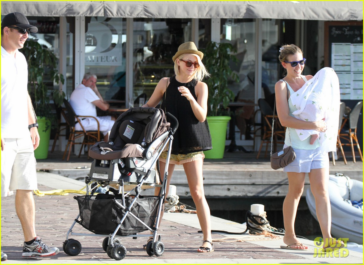 julianne hough st barts shopper 10