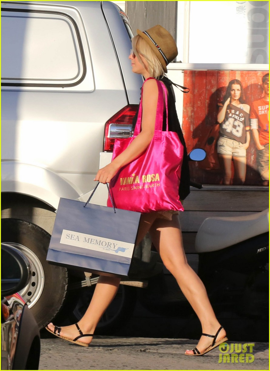 julianne hough st barts shopper 13
