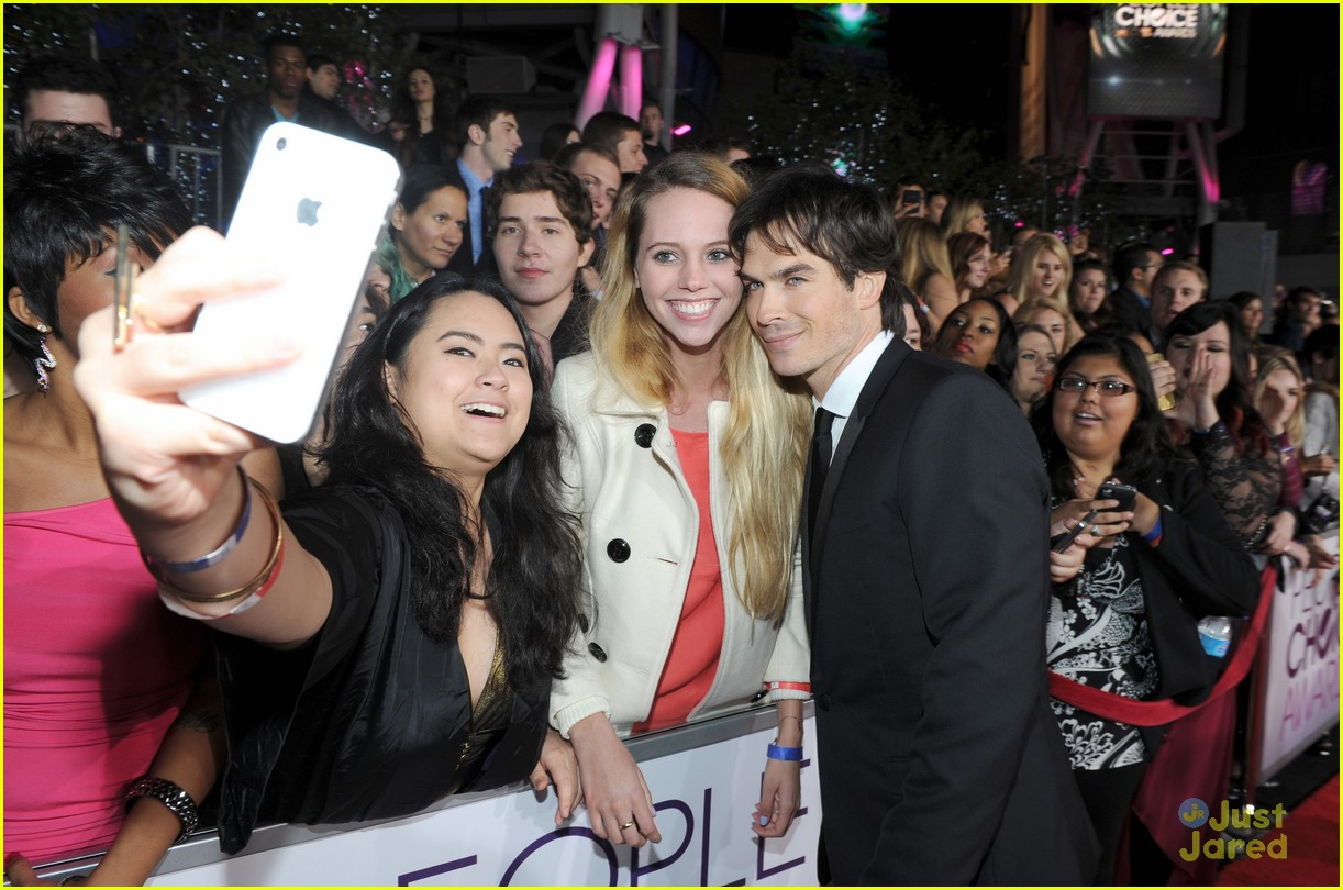 ian somerhalder kristin kreuk pcas 2013 07