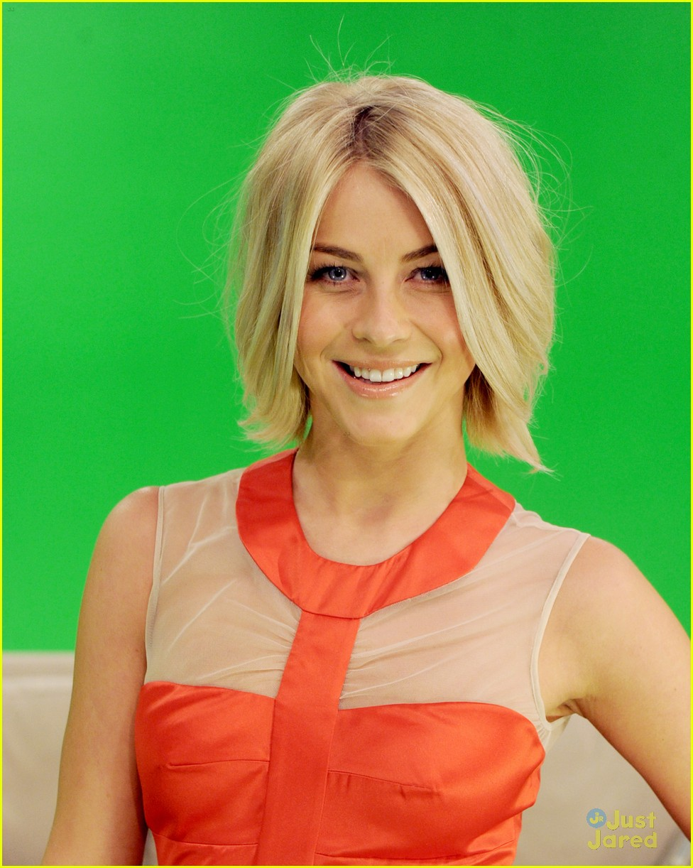 julianne hough fathom safe haven 08