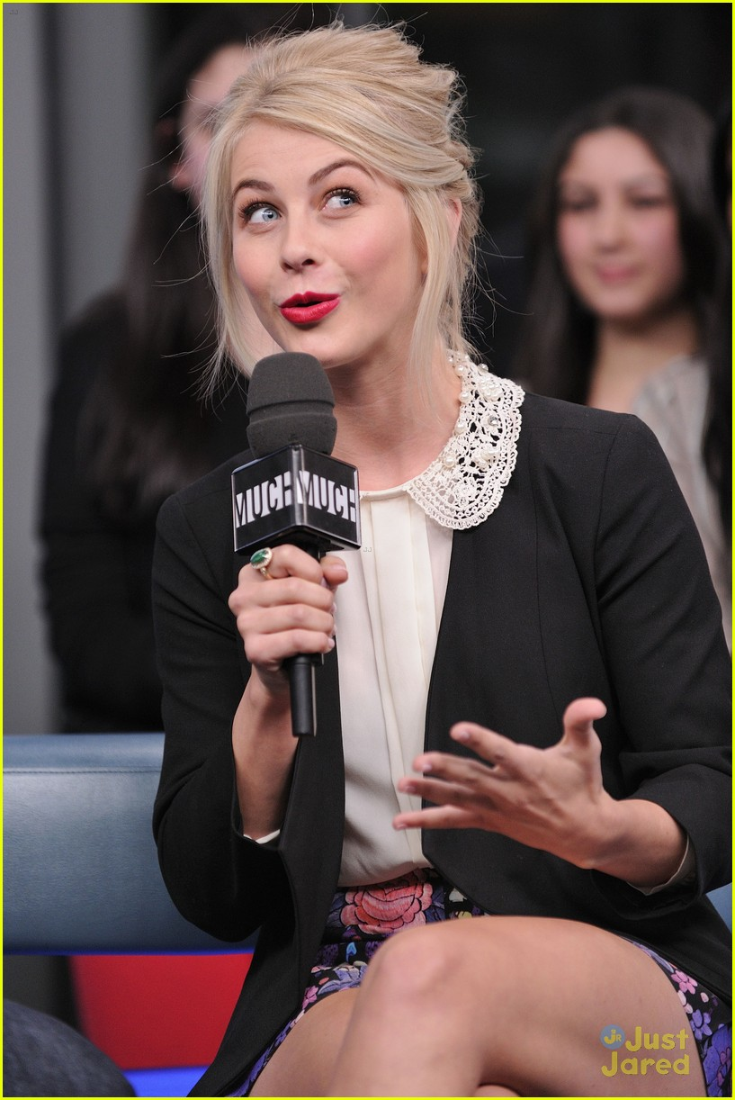 julianne hough nml haven premiere 14