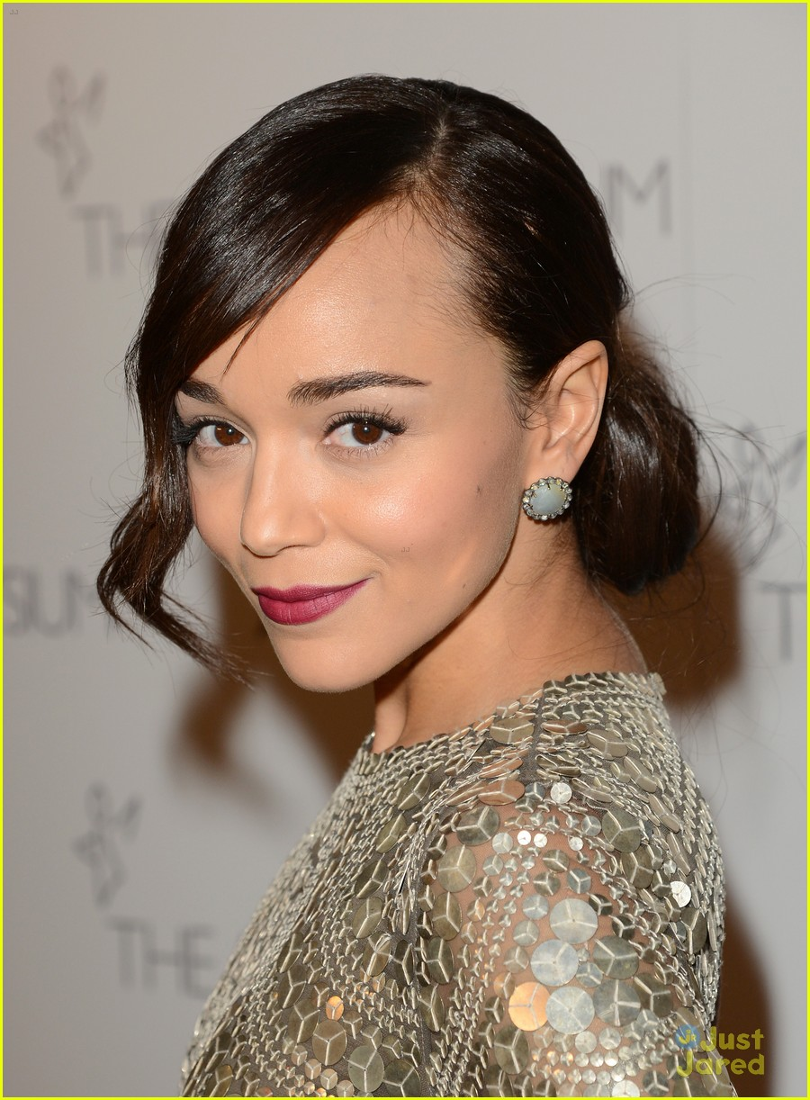ashley madekwe heaven gala 01