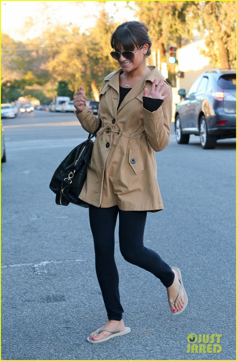 lea michele nail salon stop 01