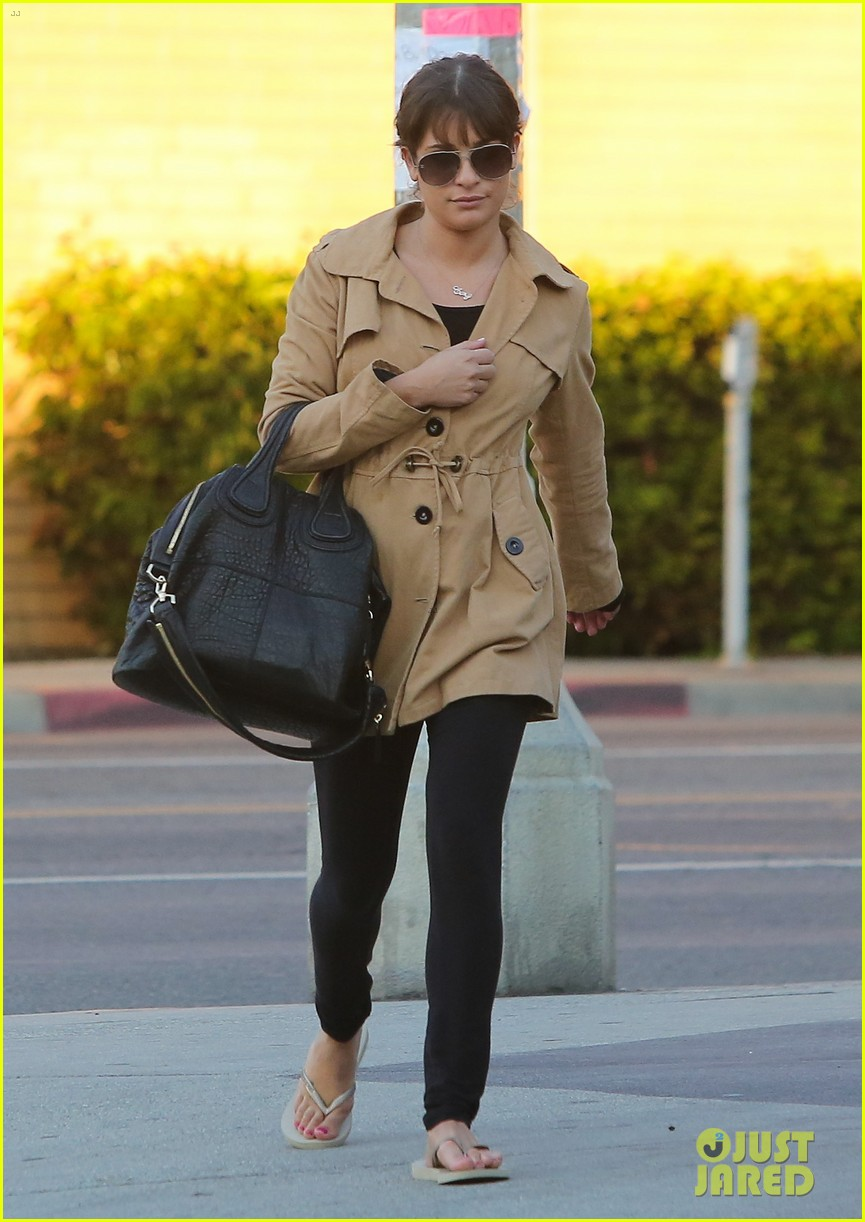 lea michele nail salon stop 03