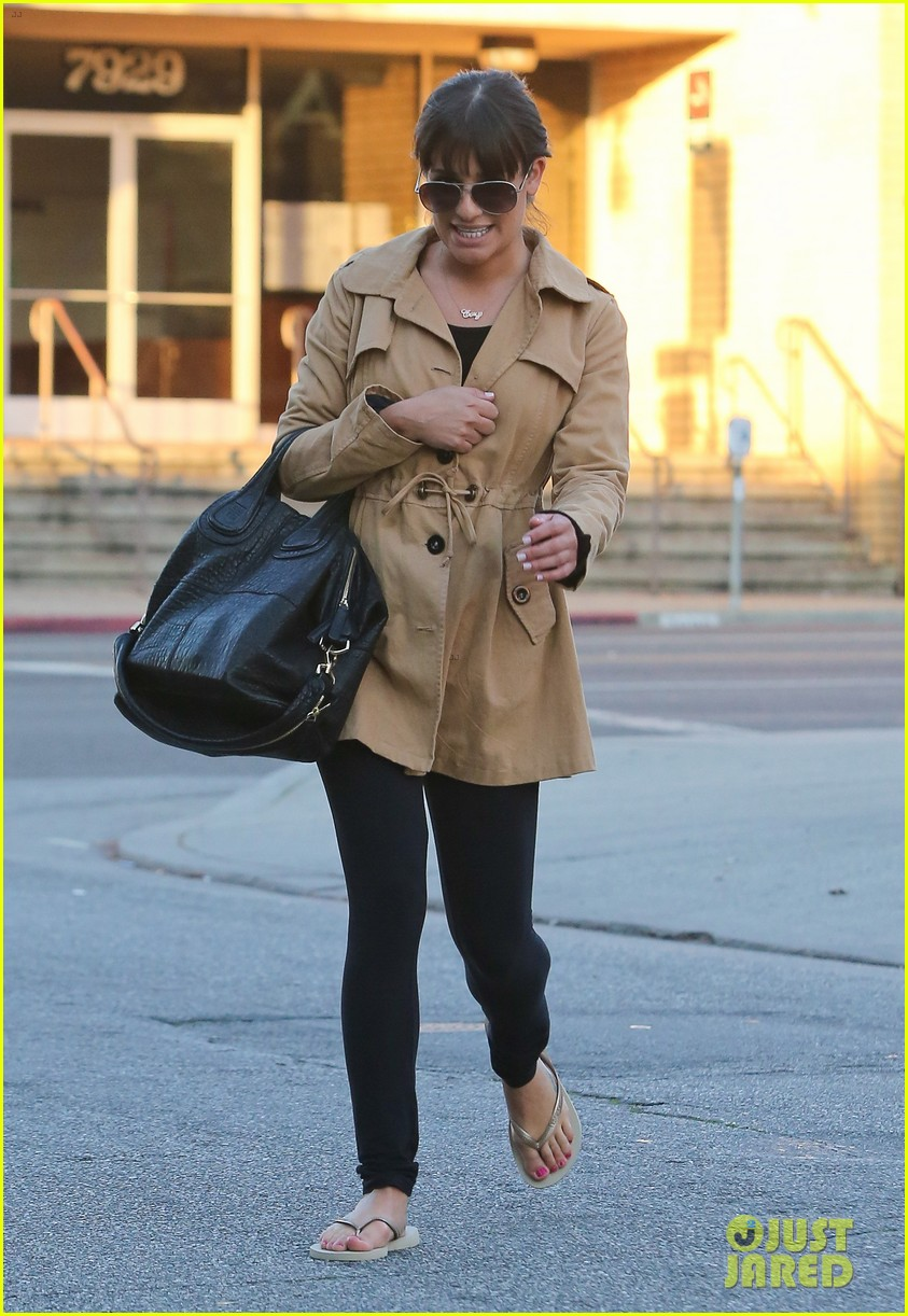 lea michele nail salon stop 06