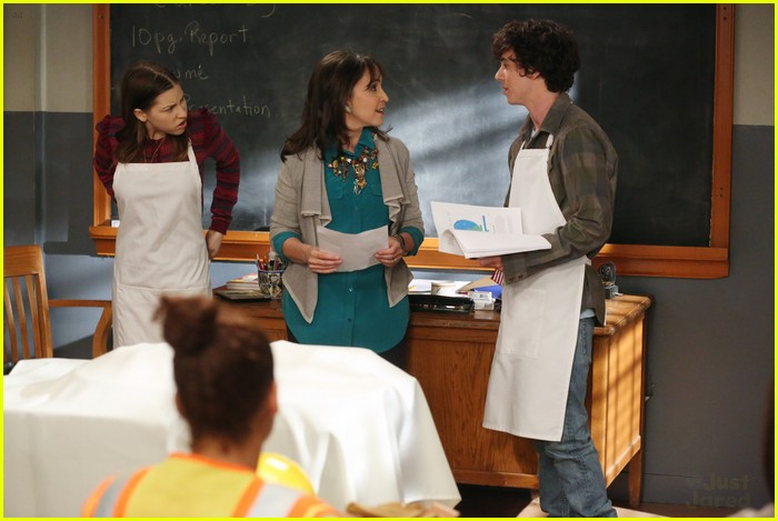 eden sher charlie mcdermott middle skills 12