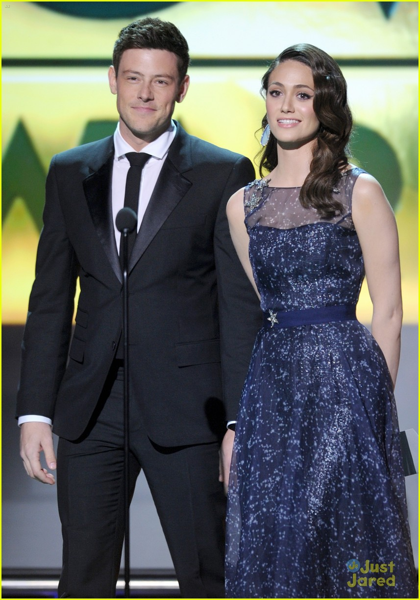 nina dobrev ian somerhalder paul cory critics choice 07
