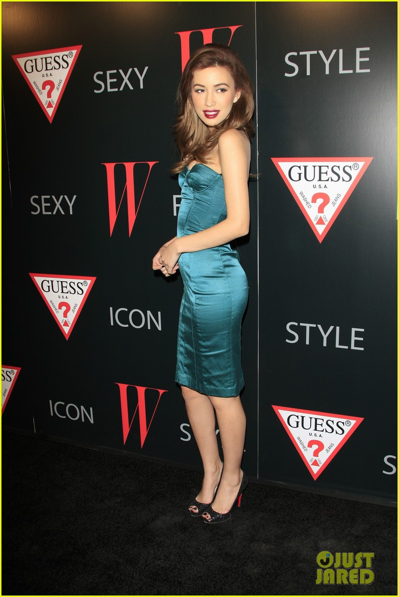 renee olstead christian serratos 30 years of fashion and film red carpet 26