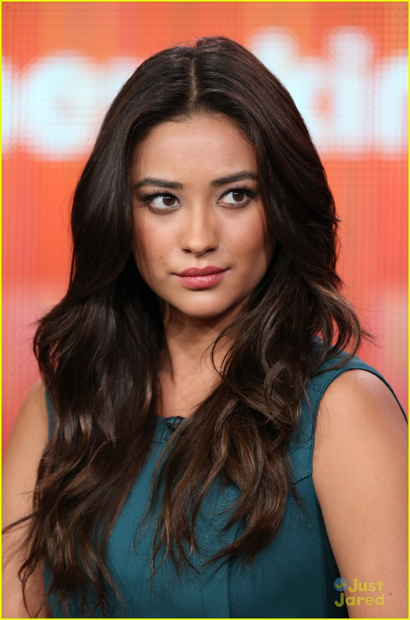 pretty little liars tca panel 08