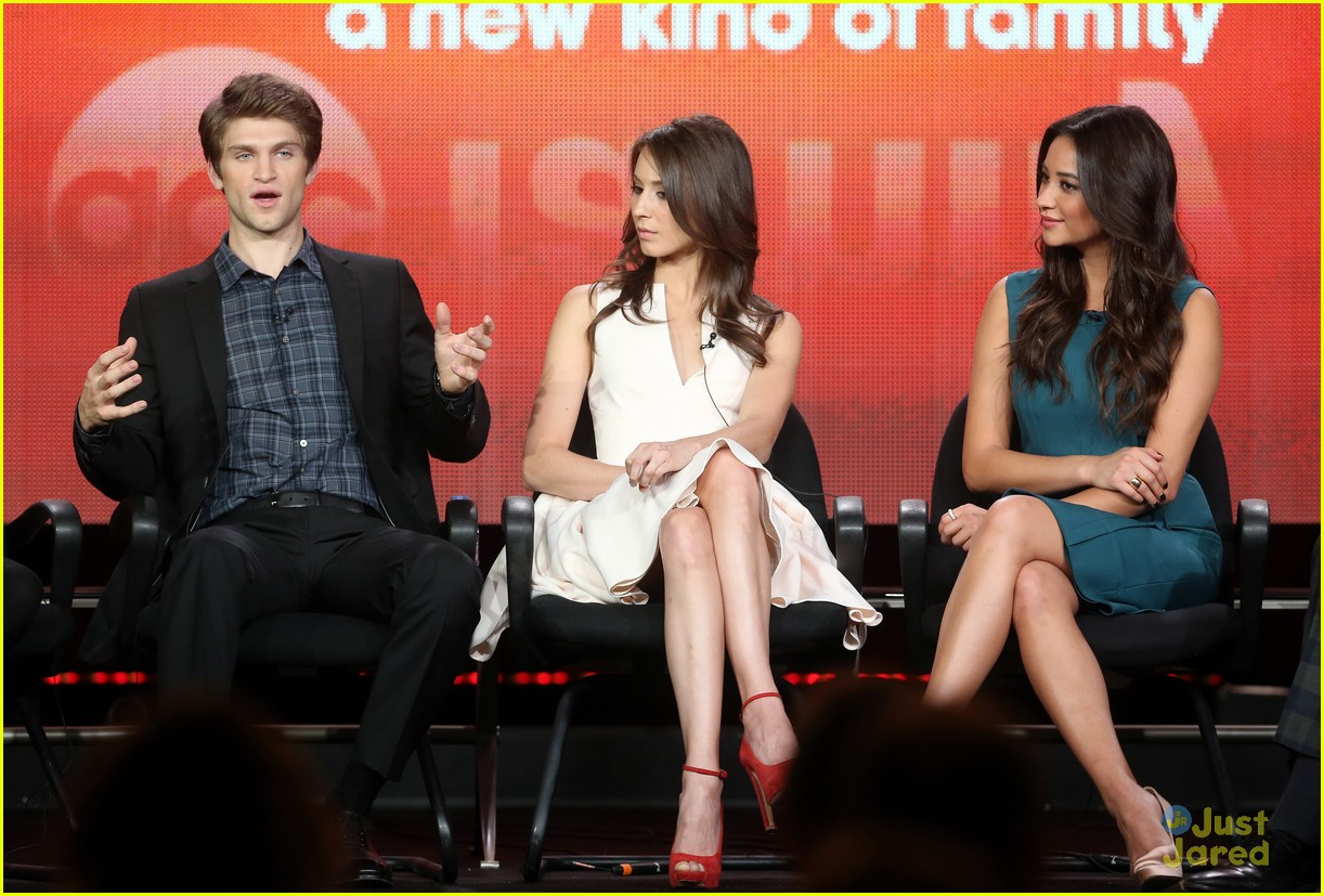 pretty little liars tca panel 12