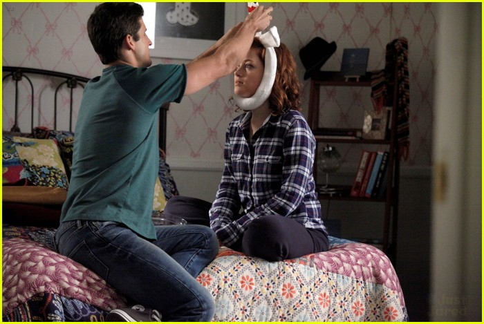 suburgatory wisdom teeth stills 05