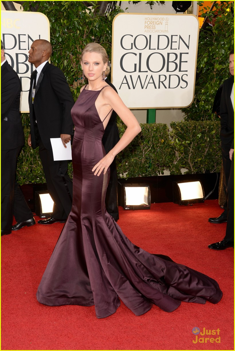 taylor swift golden globes 13