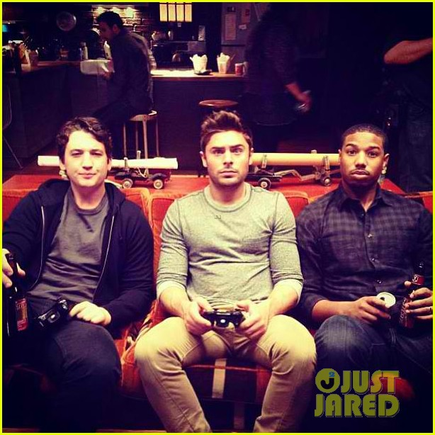 miles teller zac efron dating set 03