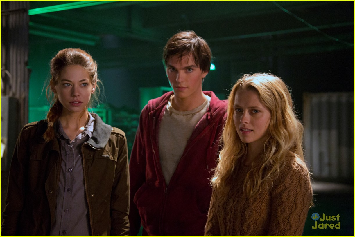 teresa palmer warm bodies stills 17