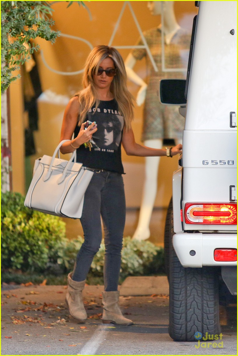 ashley tisdale hair appt 06