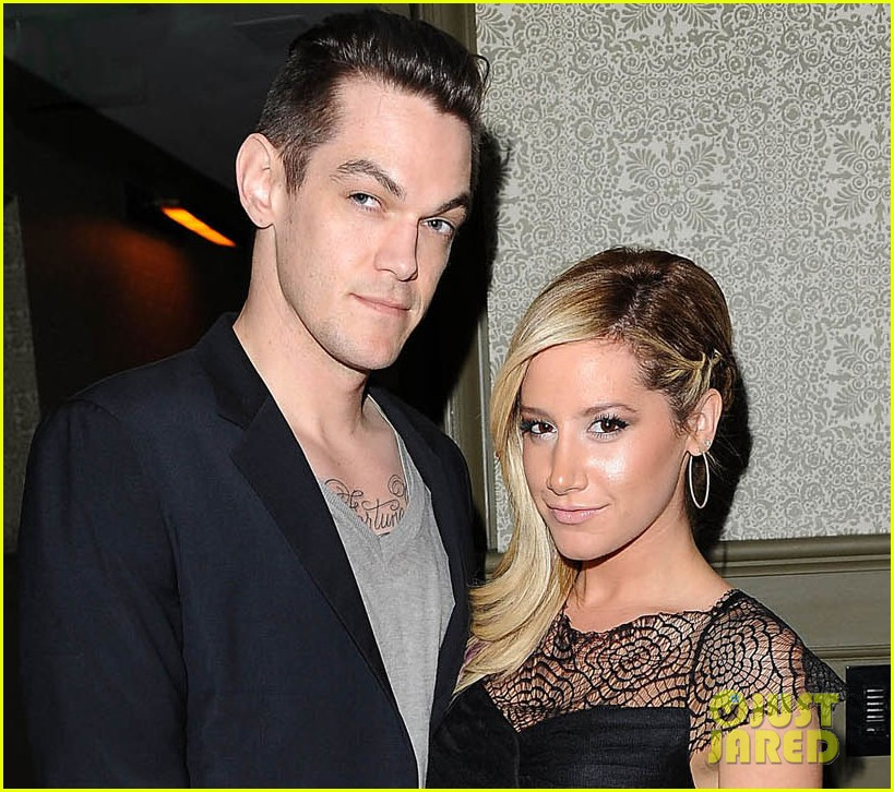 ashley tisdale christopher french nylon cover party 04