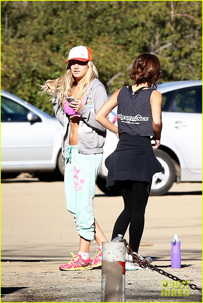 ashley tisdale allie gonino hiking buddies 30