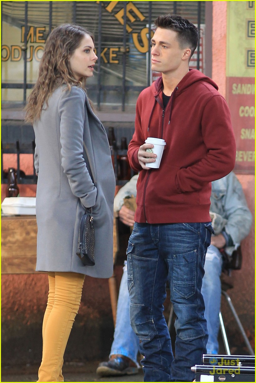 willa holland colton haynes arrow set 09