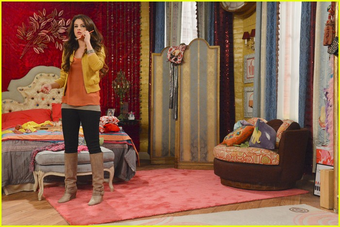 selena gomez wizards return stills 13