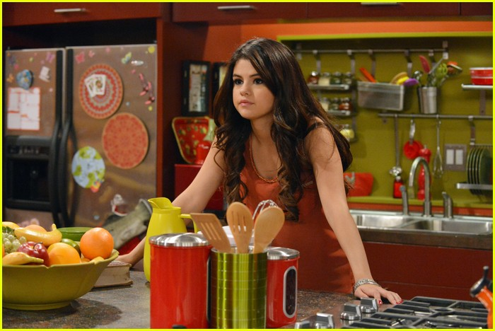 selena gomez wizards return stills 15