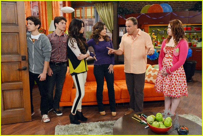 selena gomez wizards return stills 21