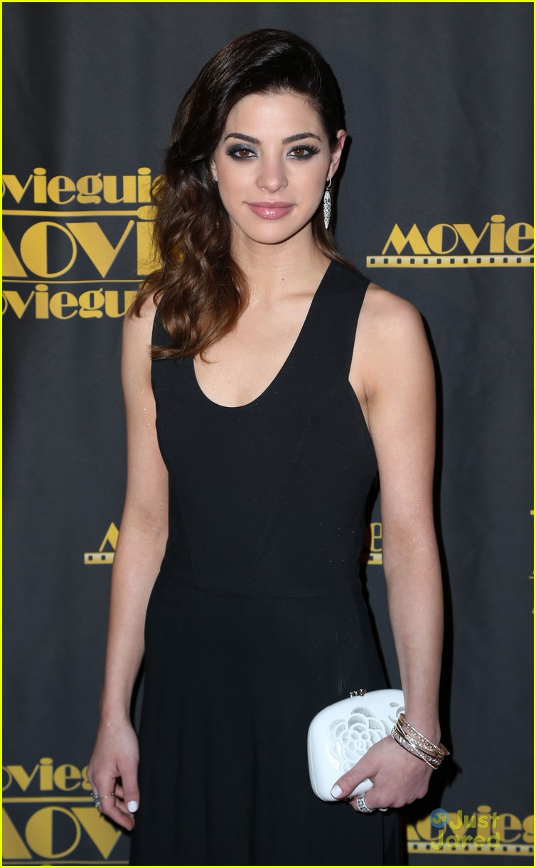 bailee madison gia mantegna movieguide awards 02