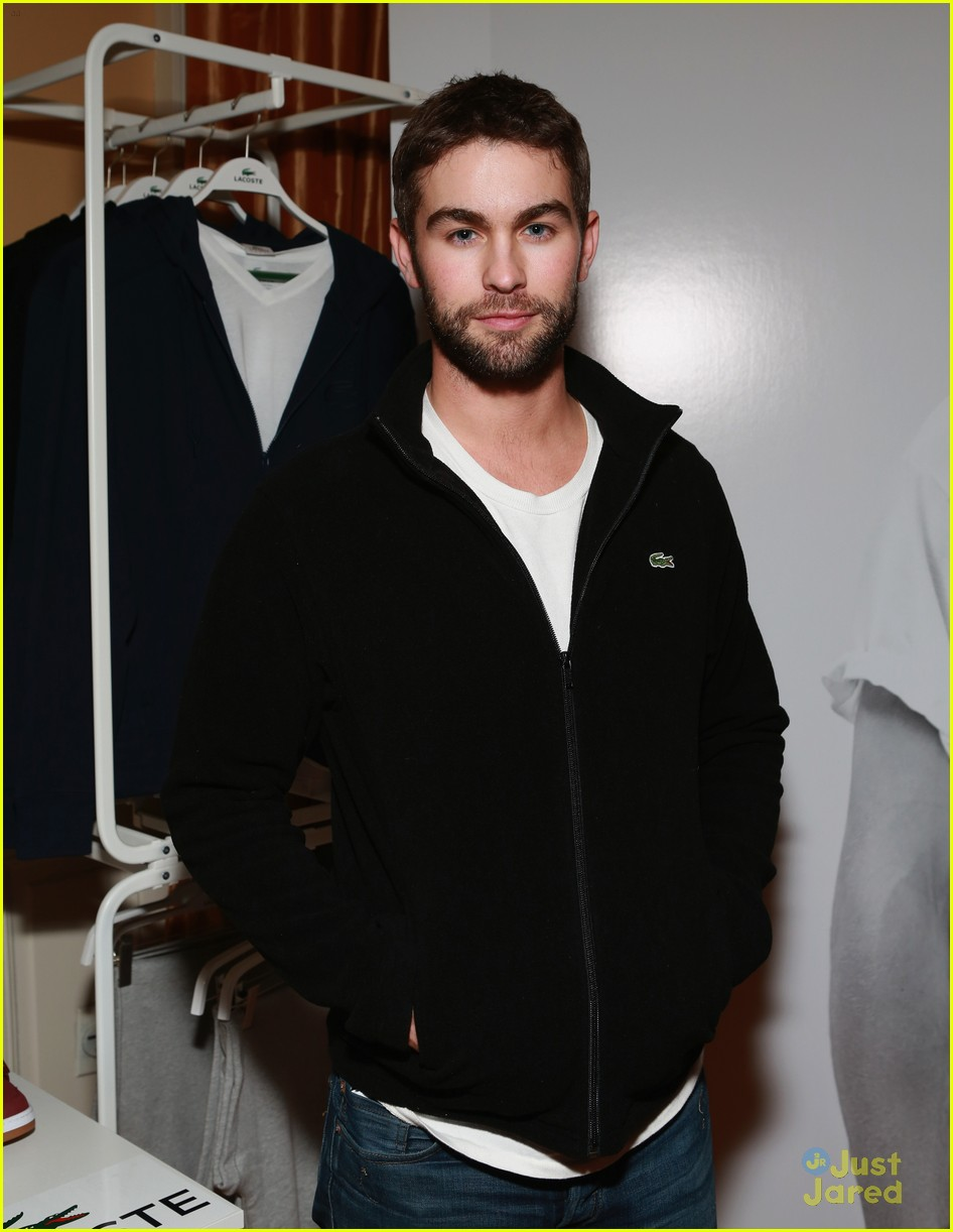 chace crawford super bowl saturday night 12