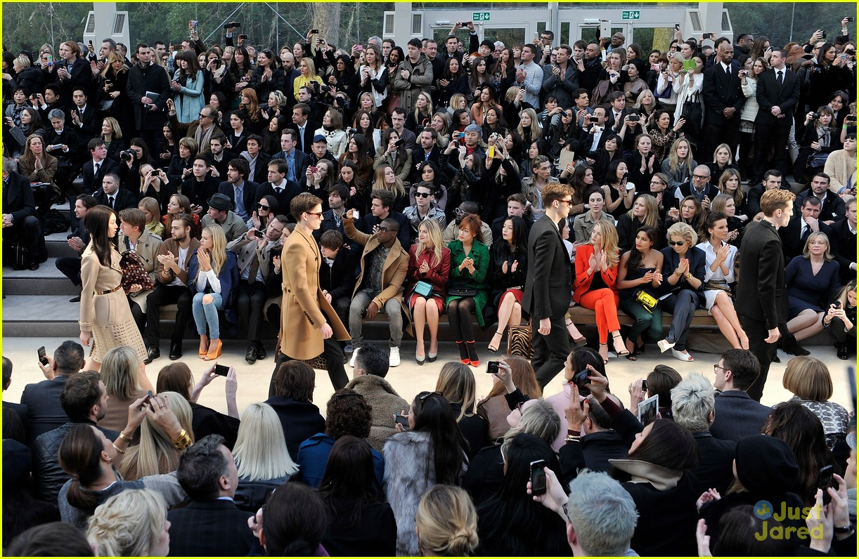 gabriella wilde burberry front row douglas booth 03