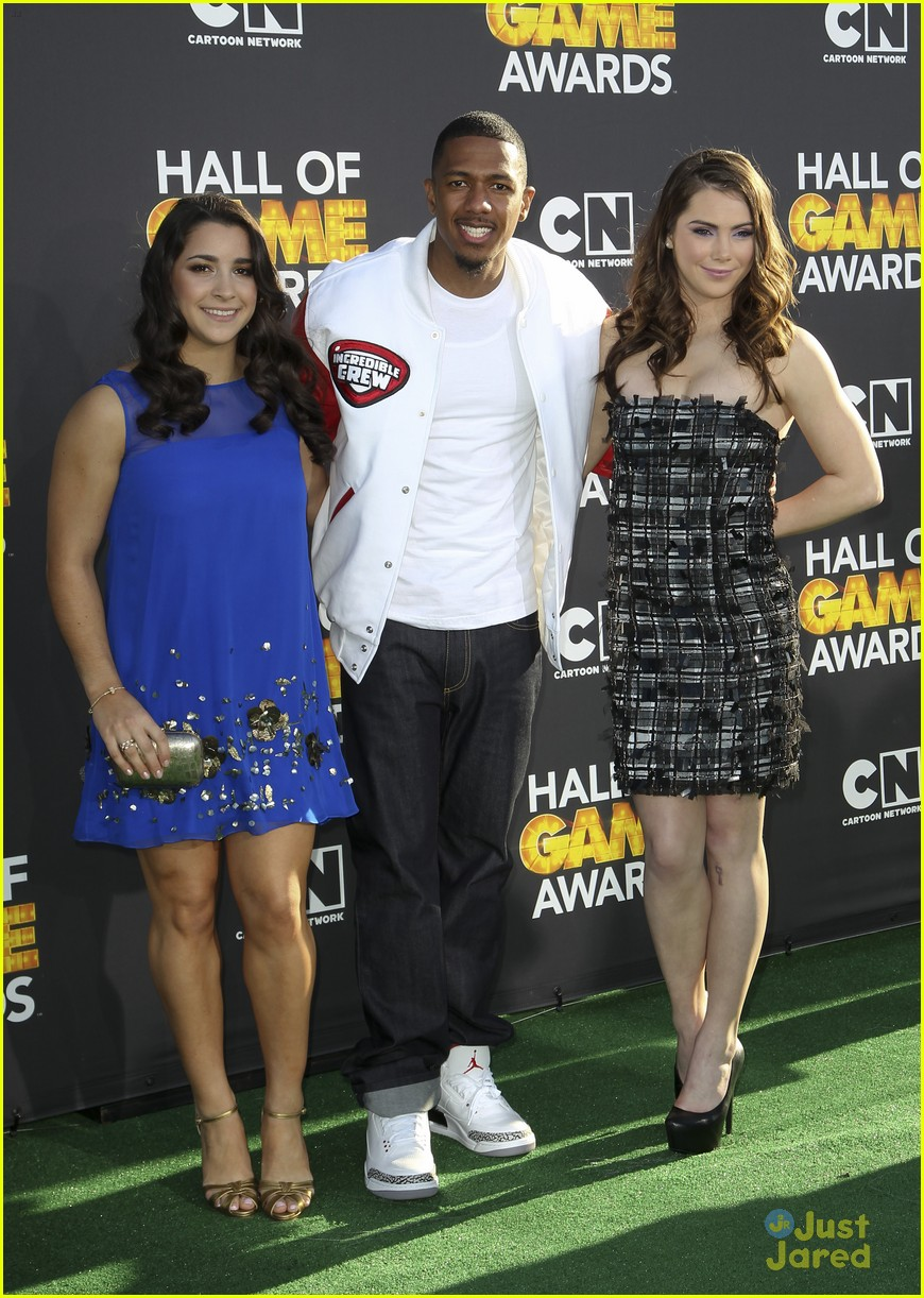 gabby douglas mckayla maroney aly raisman hall game awards 11