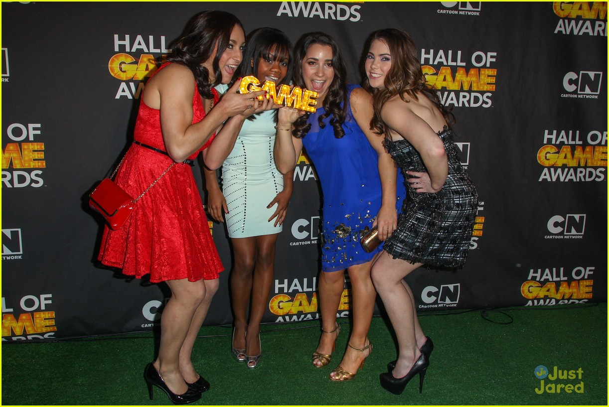 gabby douglas mckayla maroney aly raisman hall game awards 24