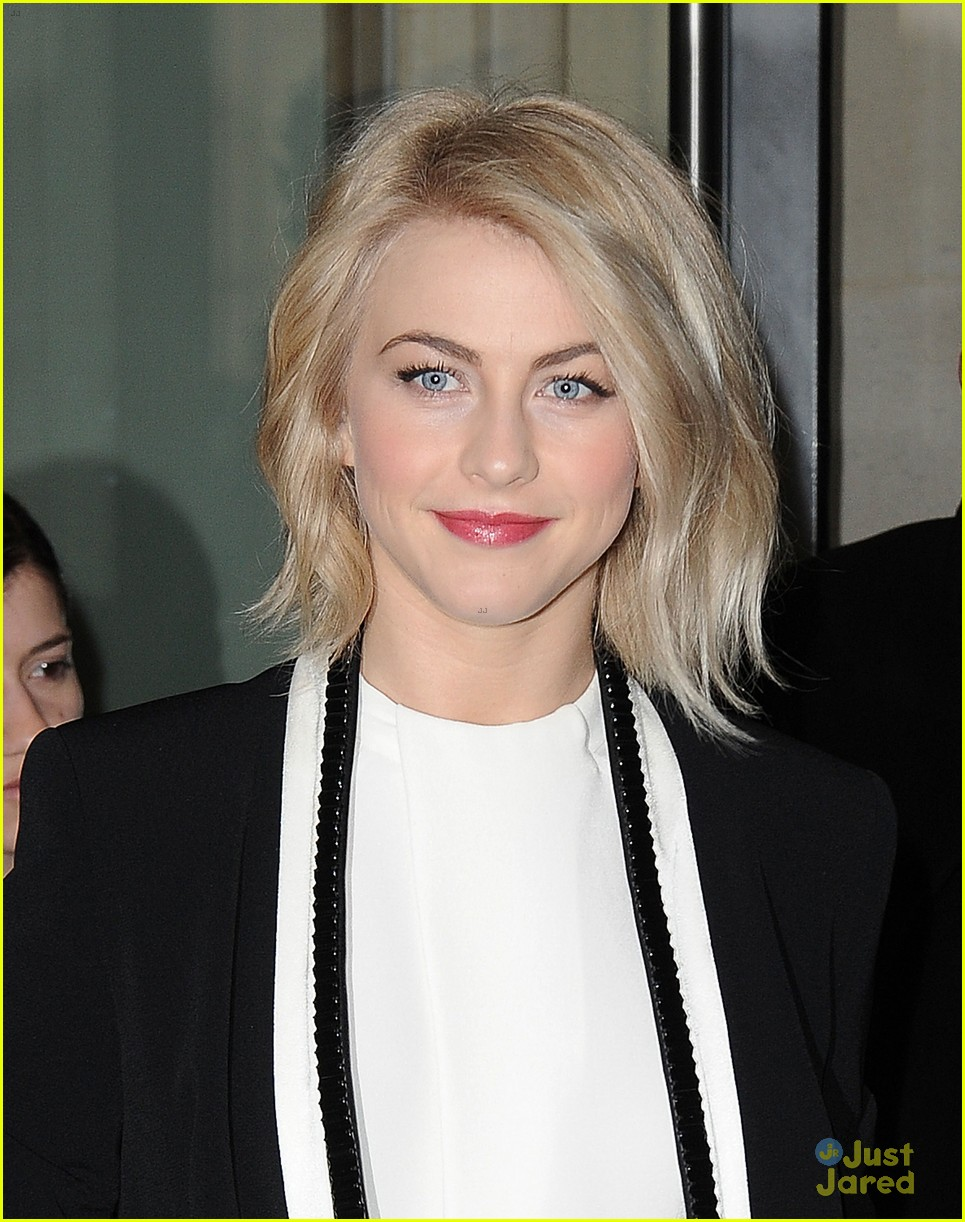 julianne hough safe haven london promo 03