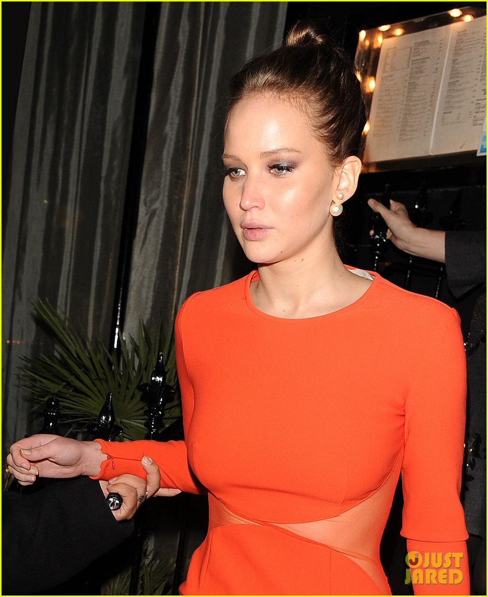 jennifer lawrence lovely london dinner 07