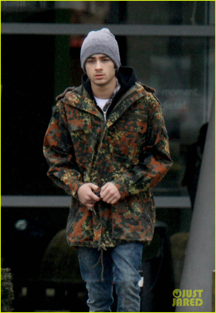 zayn malik completely camoflauged 02