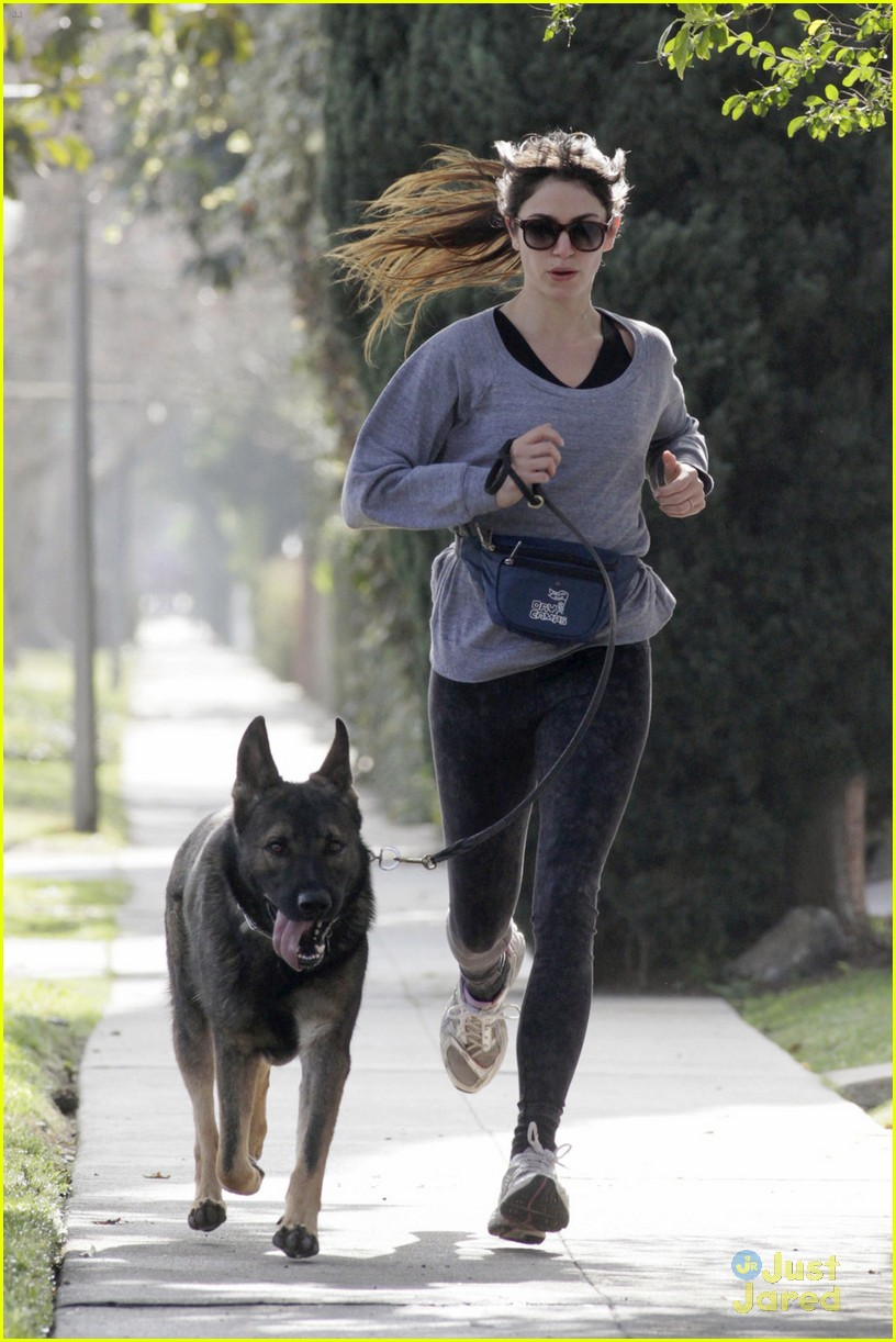 nikki reed enzo run 01