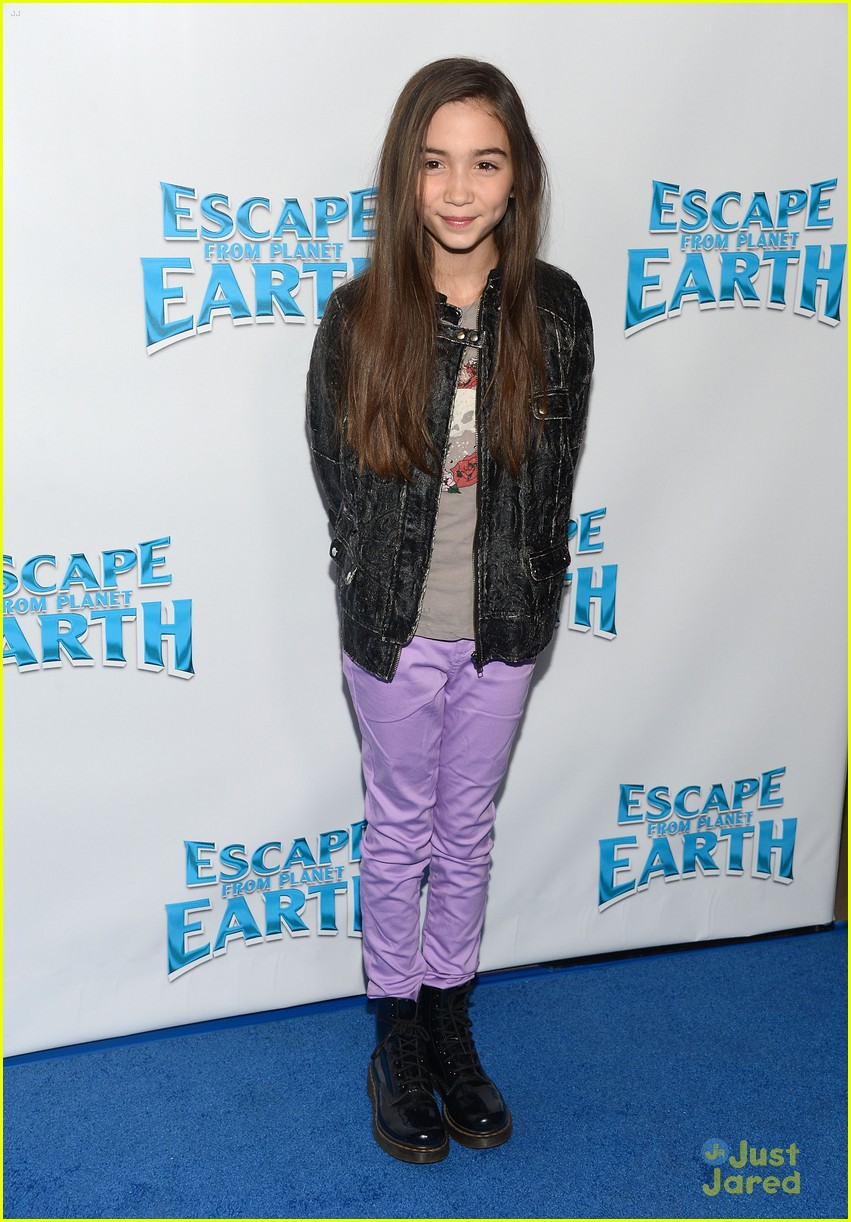 rowan blanchard escape earth premiere 01